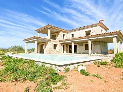 Landhaus mit Pool in Porreres