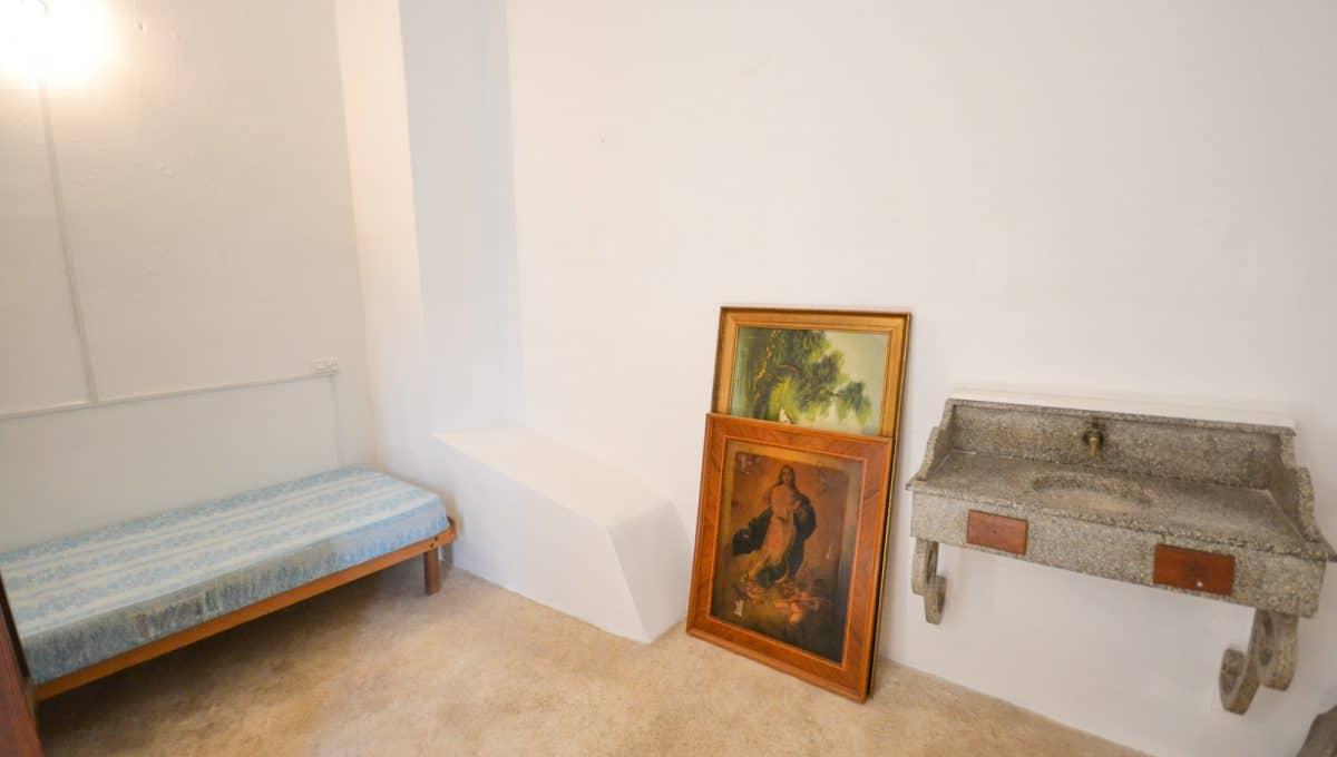 Alte schlafzimmer mit sinken