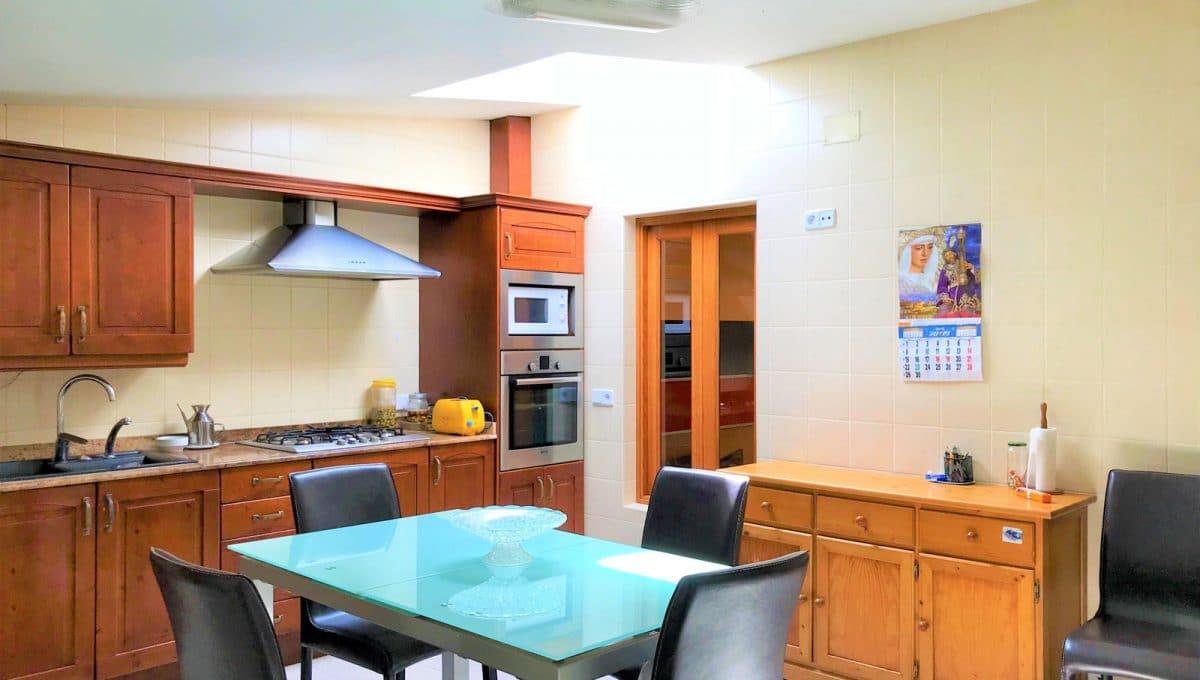 Moderne Küche in stadhaus in Felanitx