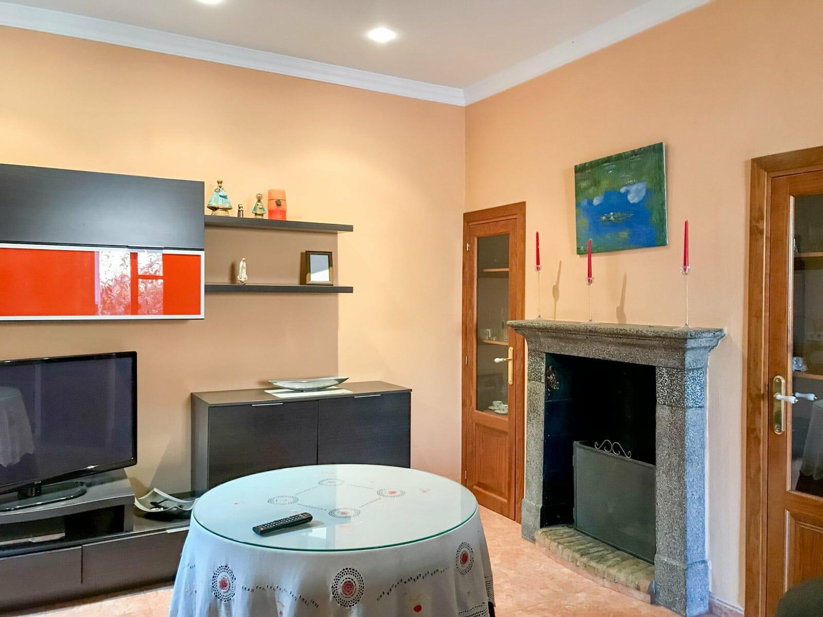 Casa de pueblo reformada con amplio garaje en Felanitx