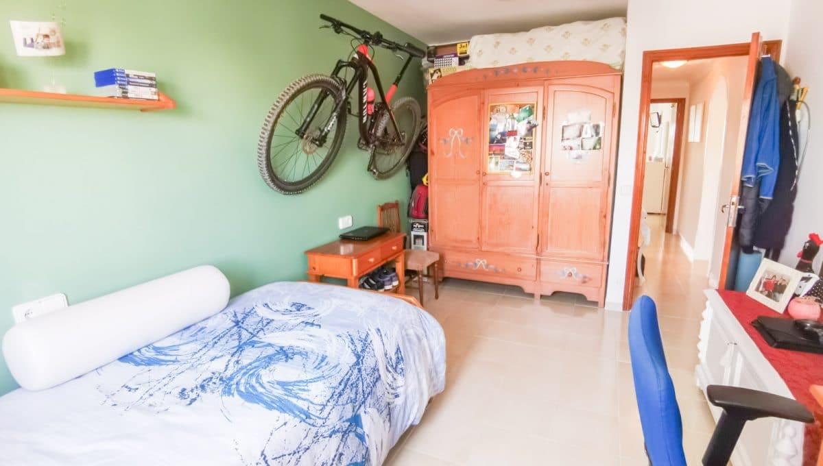 Schlazimmer mit Einbauschrank