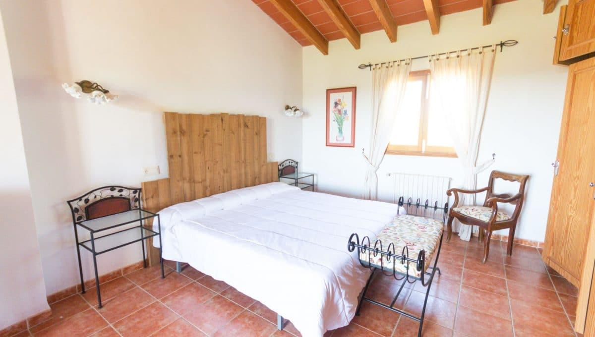 Große Schlafzimmer mit Einbauschränke