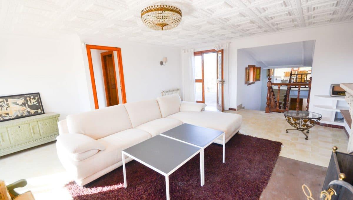 Breite Wohnzimmer mit terrassen In Llucmayor