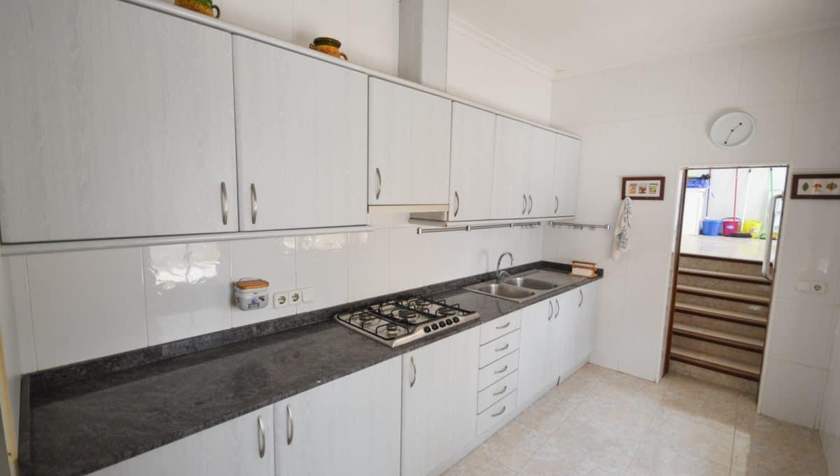 Moderne Küche mit Gas Herd