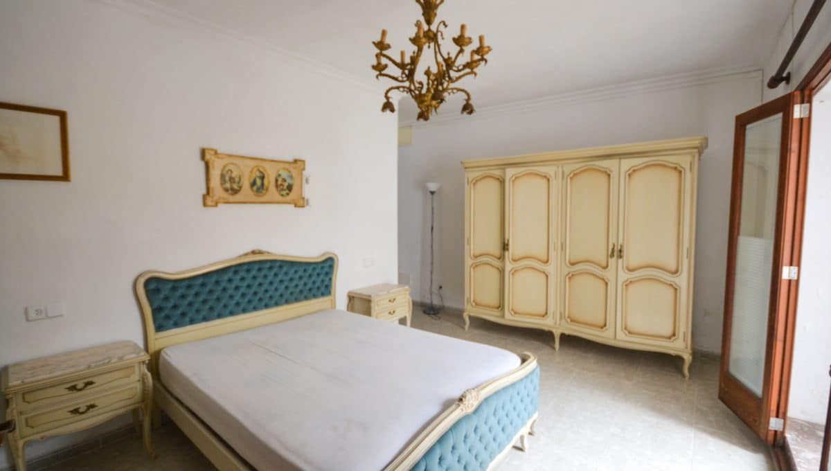 Breite Schlafzimmer mit terrasse in Felanitx