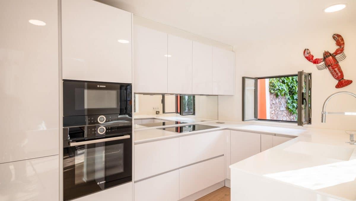 Neue weiße Küche in Felanitx
