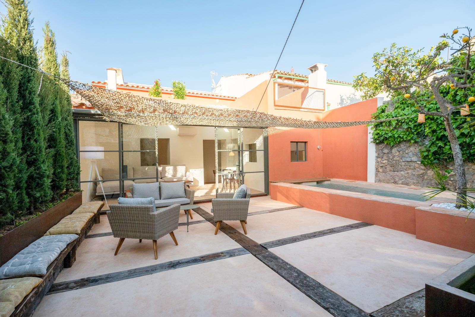 Luxuriöses traditionelles mallorquinisches Stadthaus mit Pool