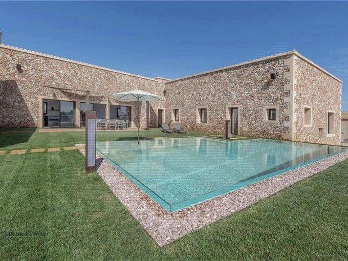 Luxusimmobilie in Campos mit Swimmingpool