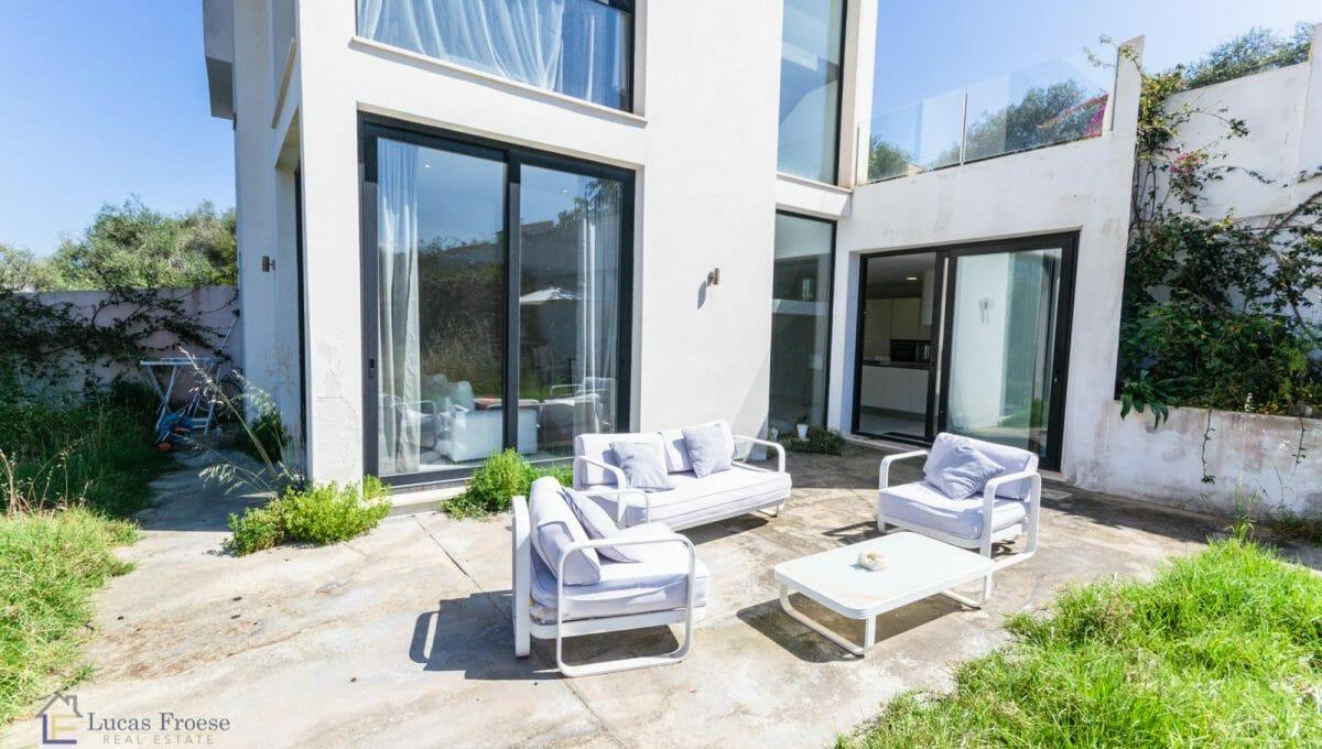 Modernes Haus in Portocolom Garten