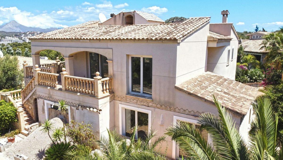 Blick auf die Villa in Santa Ponsa